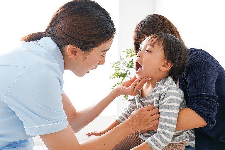 当院で行う『良い歯並びを作るための治療』と『小児(こども)矯正』