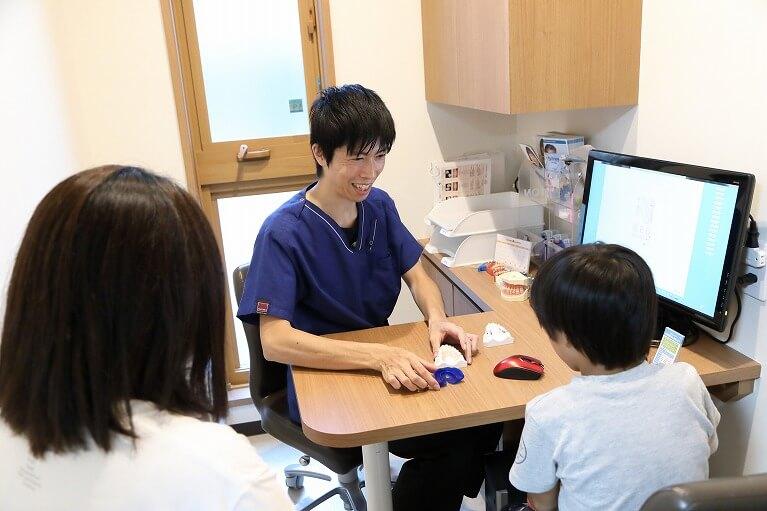 大阪市生野区のつばさデンタルクリニックでは矯正相談が無料です